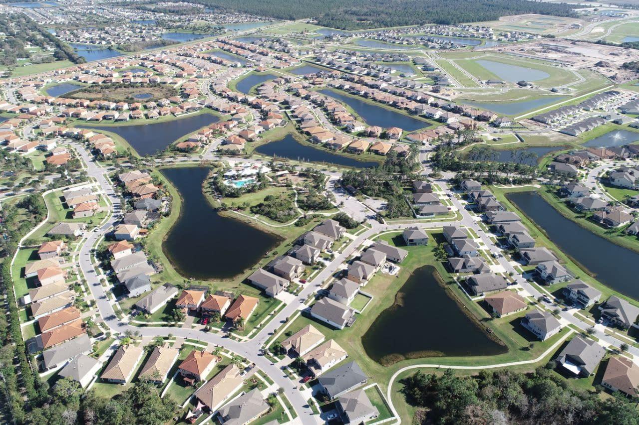 aerial view of Waterleaf housing neighborhood